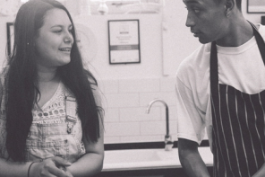 News: Loyle 'chilli con' Carner cooking school